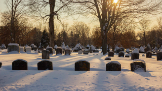 Winter-cemetery-kirkodd-photography-of-new-england